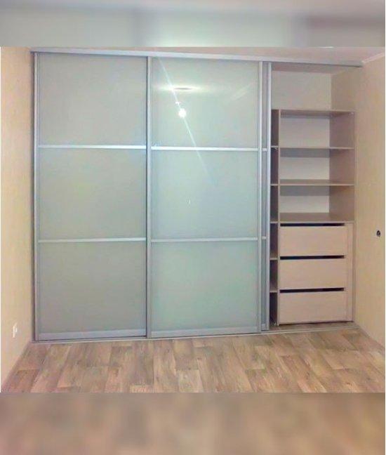 Двери для шкафа-купе из матового стекла