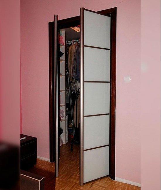Распашные двери для гардеробной шириной 30 см (300 мм)