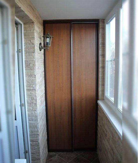 Двери для встроенного шкафа на балкон