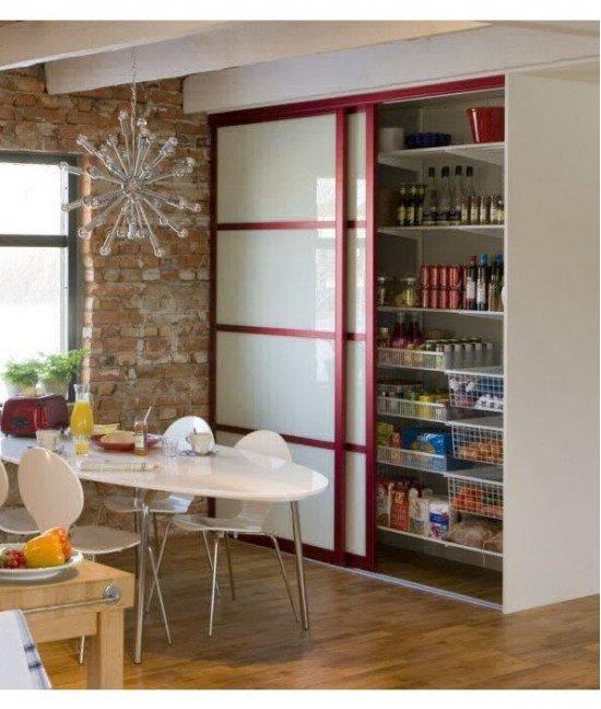Двери для встроенного шкафа на кухню