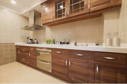 Кухня модерн шпон