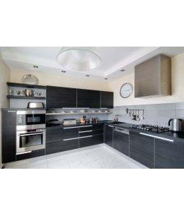 Кухня с черными фасадами