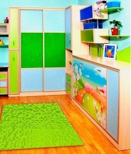 Шкаф купе в детскую комнату с кроватью