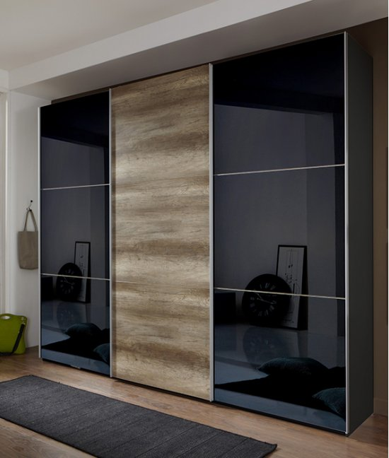 Шкаф купе корпусный со стеклом