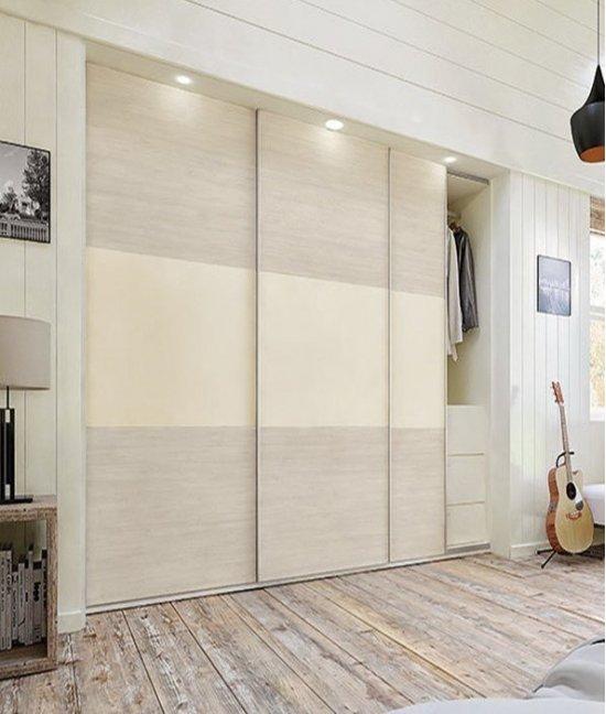 Встроенный шкаф купе пастельный